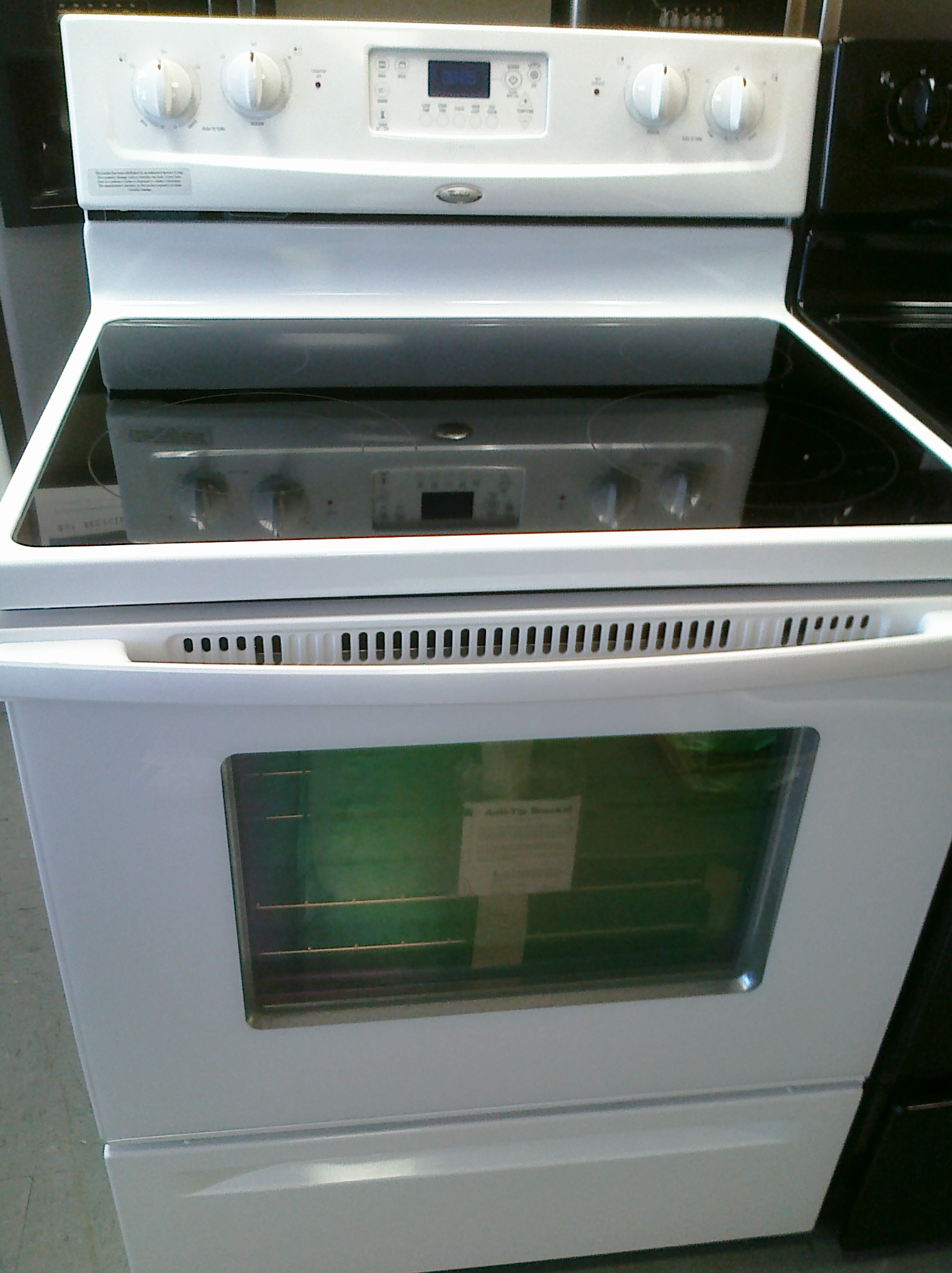 (9) Whirlpool WFE364LVQ 30 inch Smooth-Top Electric Self-Clean Stove, White