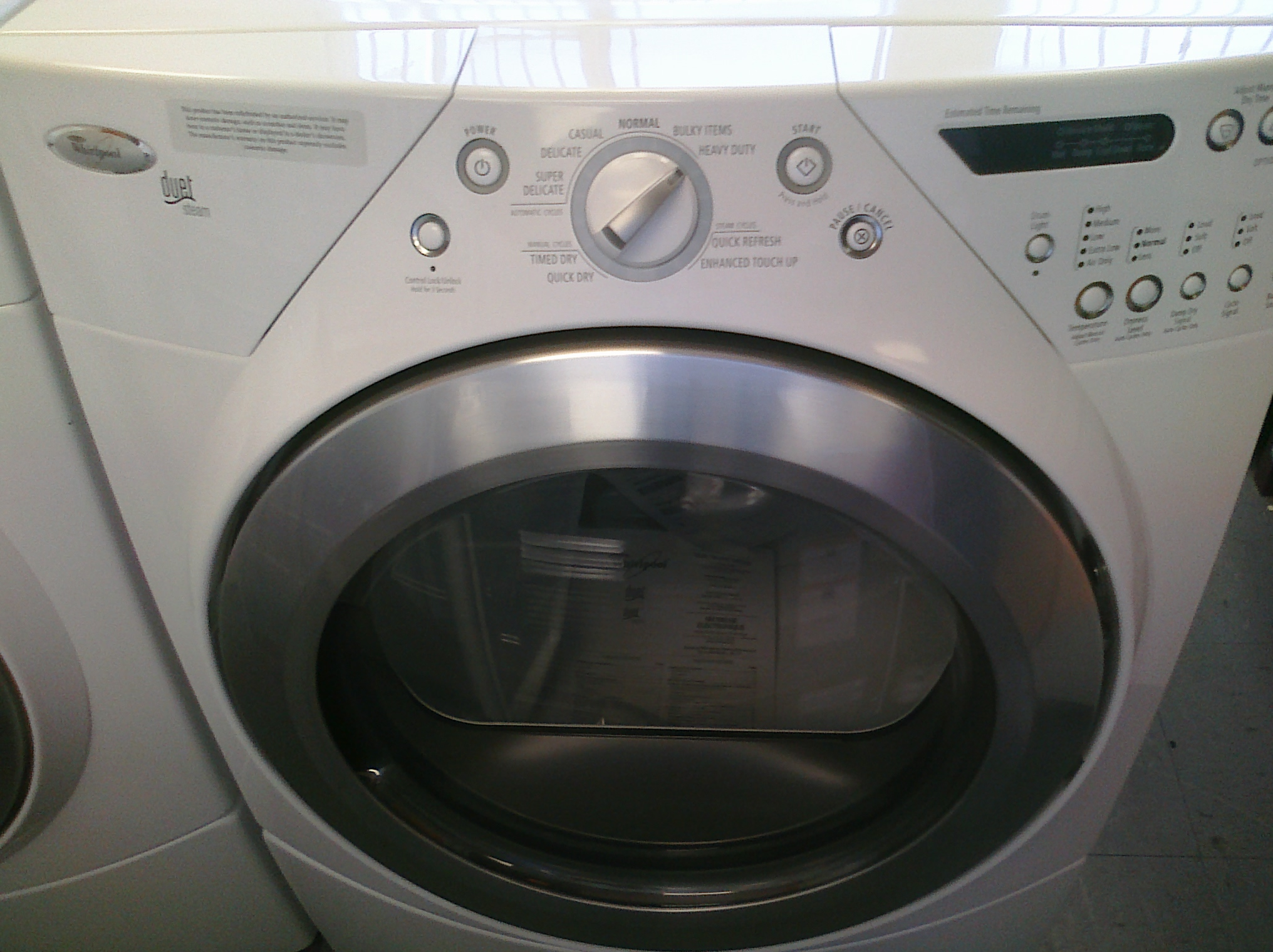 (9) Whirlpool WGD9500TW  Front-Load Duet Steam Gas Dryer, White