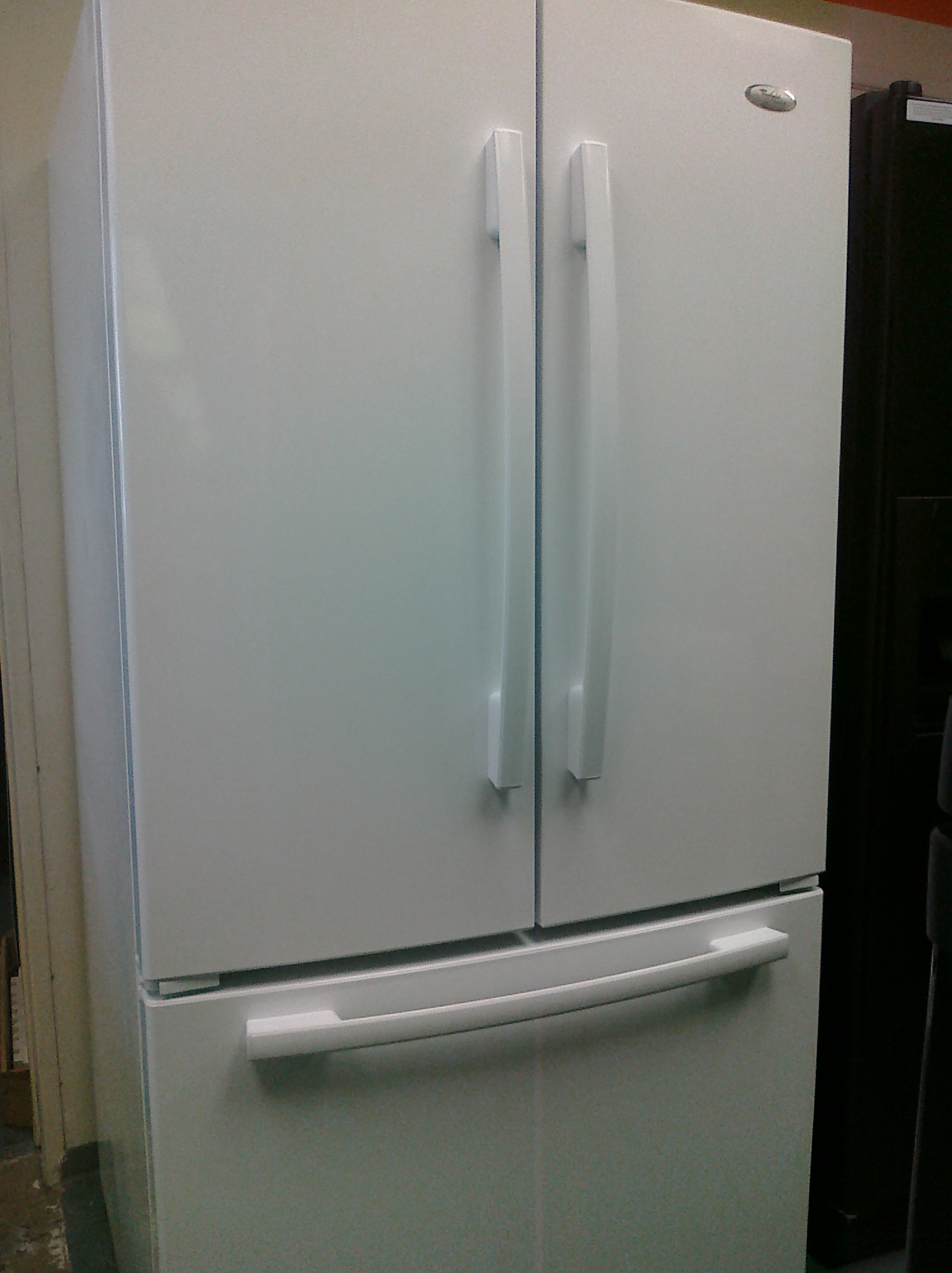 (9) Whirlpool GX5SHDXVQ French Door 25 Cubic Foot Refrigerator With Factory Installed Ice Maker, White