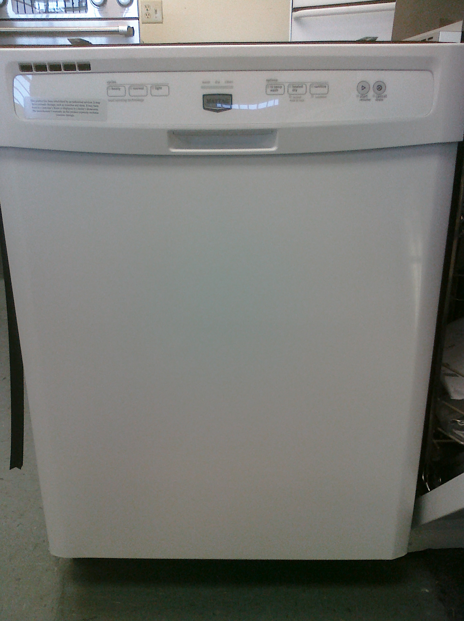 (9) Maytag MDBH979AWW Built-In Tall-Tub Dishwasher, White