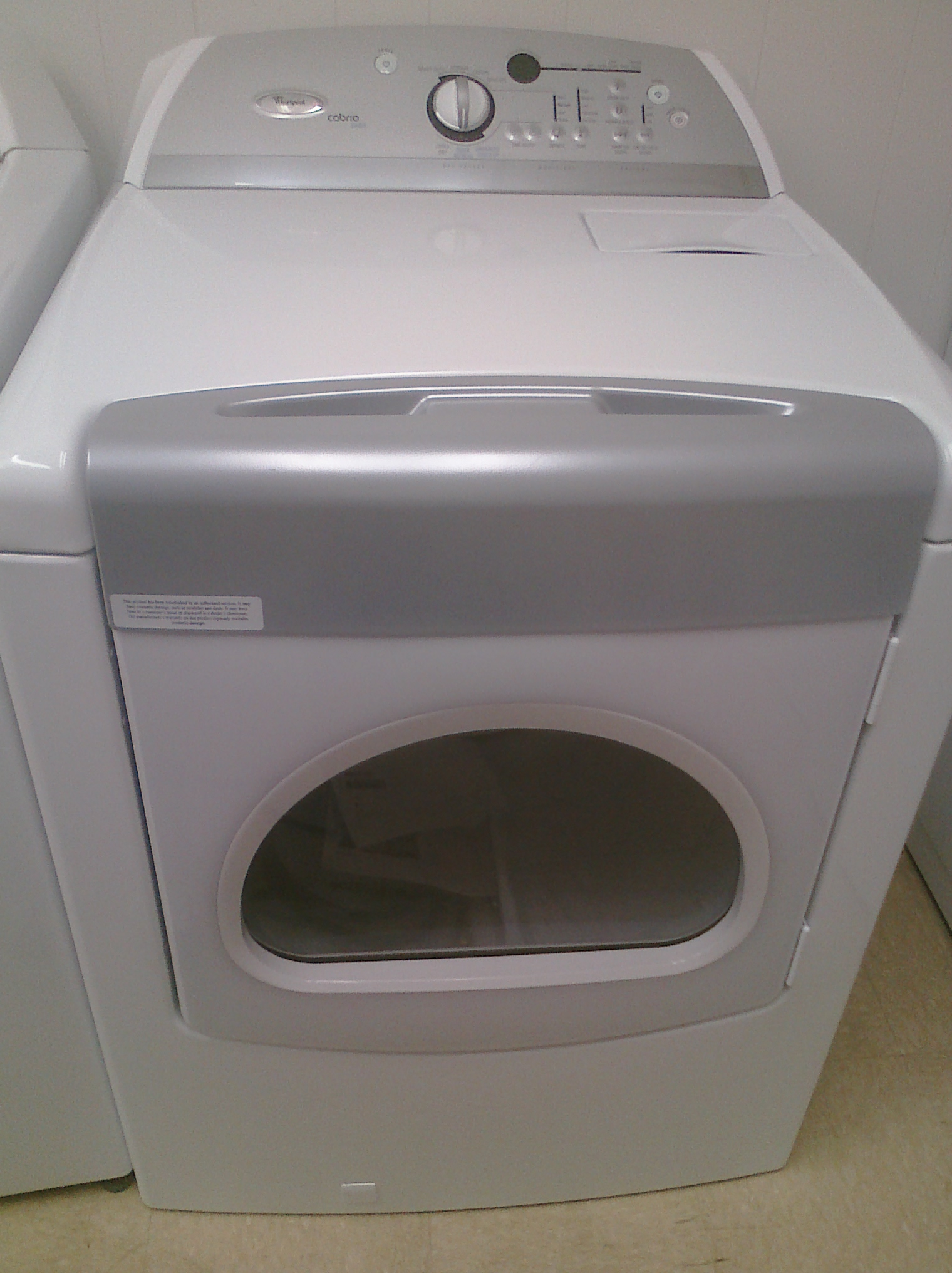 (9) Whirlpool WGD6600VW Cabrio Steam Gas Dryer, White