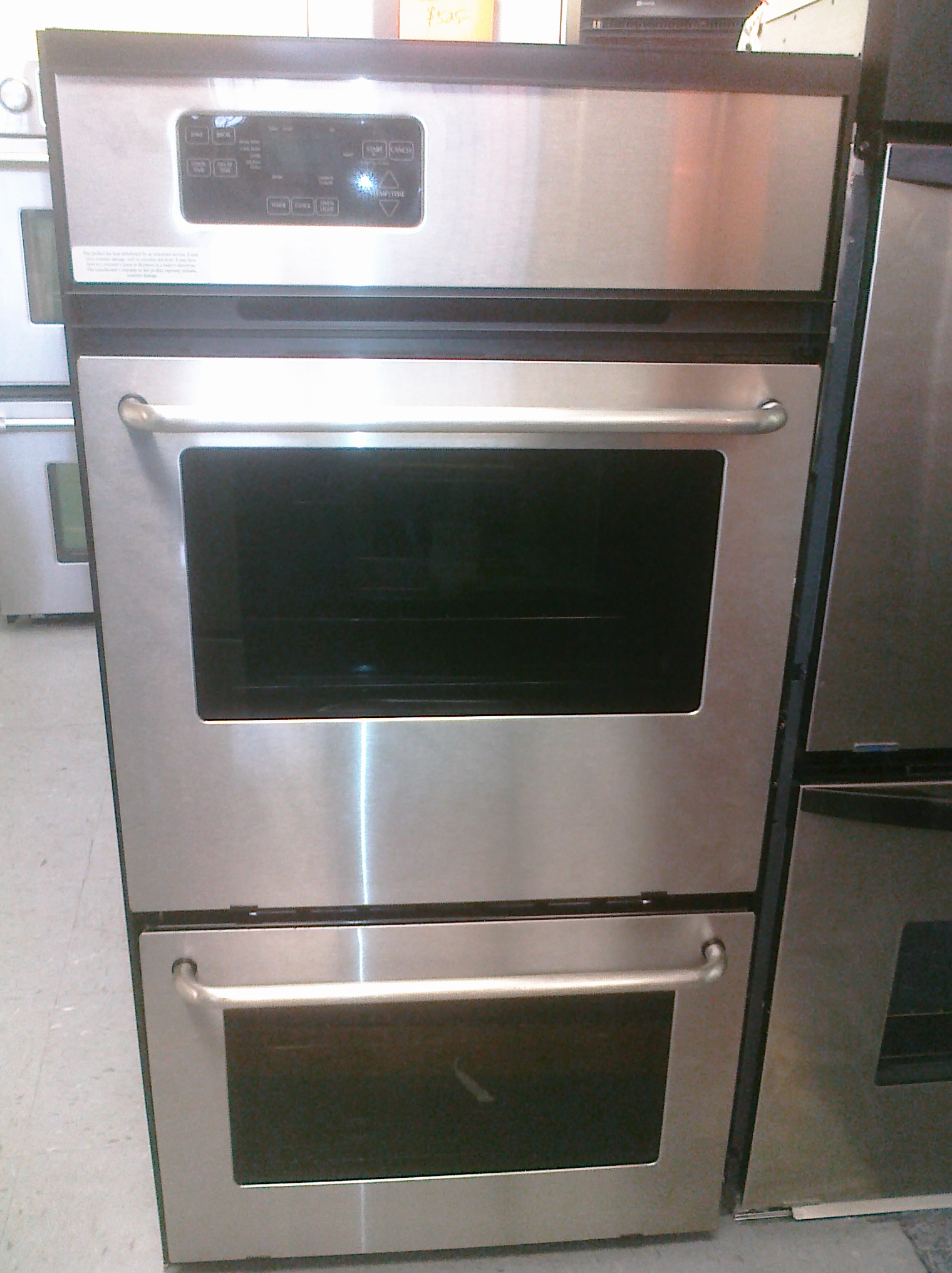 (9) Maytag CWG3600AAS 24″ Built-In Gas Oven With Broiler, Stainless Steel