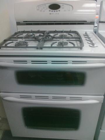 (9) Maytag MGR6875ADW 30″ 5-Burner, Double-Oven Gemini Gas Convection, Self-Clean Range, White