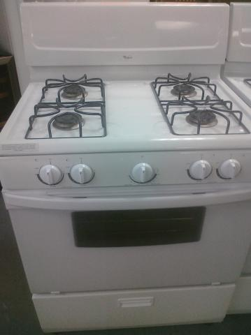 (9) Whirlpool WFG111SVQ 30″ Gas Range with Window and Sealed-Burners, White