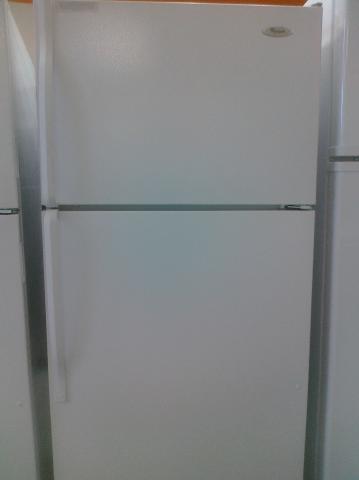 (9) Whirlpool W4TXNWFWQ 14 CuFt Top-Mount Refrigerator, White