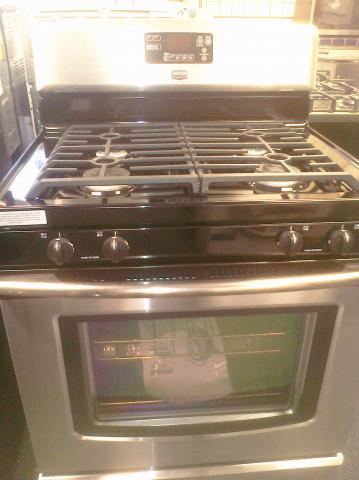 (9) Maytag MGR7775WS 30″ Free-Standing Self-Clean Convection Gas Range, Stainless Steel