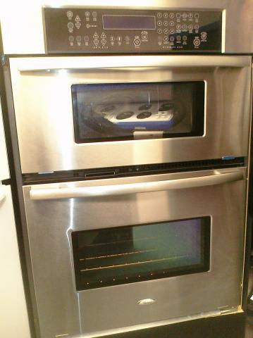 (9) Whirlpool Gold RMC305PVS 30″ Built-In Microwave/Oven Combo, Stainless Steel