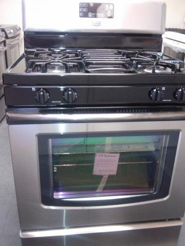 (9) Maytag MGR7662WS 30″ Free-Standing Self-Clean Gas Range, Stainless Steel