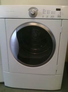 (10) Frigidaire GLGQ2152ES Front-load Gas Dryer