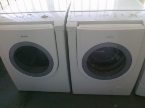 (5) Bosch WFMC1001UC/ WTMC3521UC Front-Load Washer and Gas Dryer