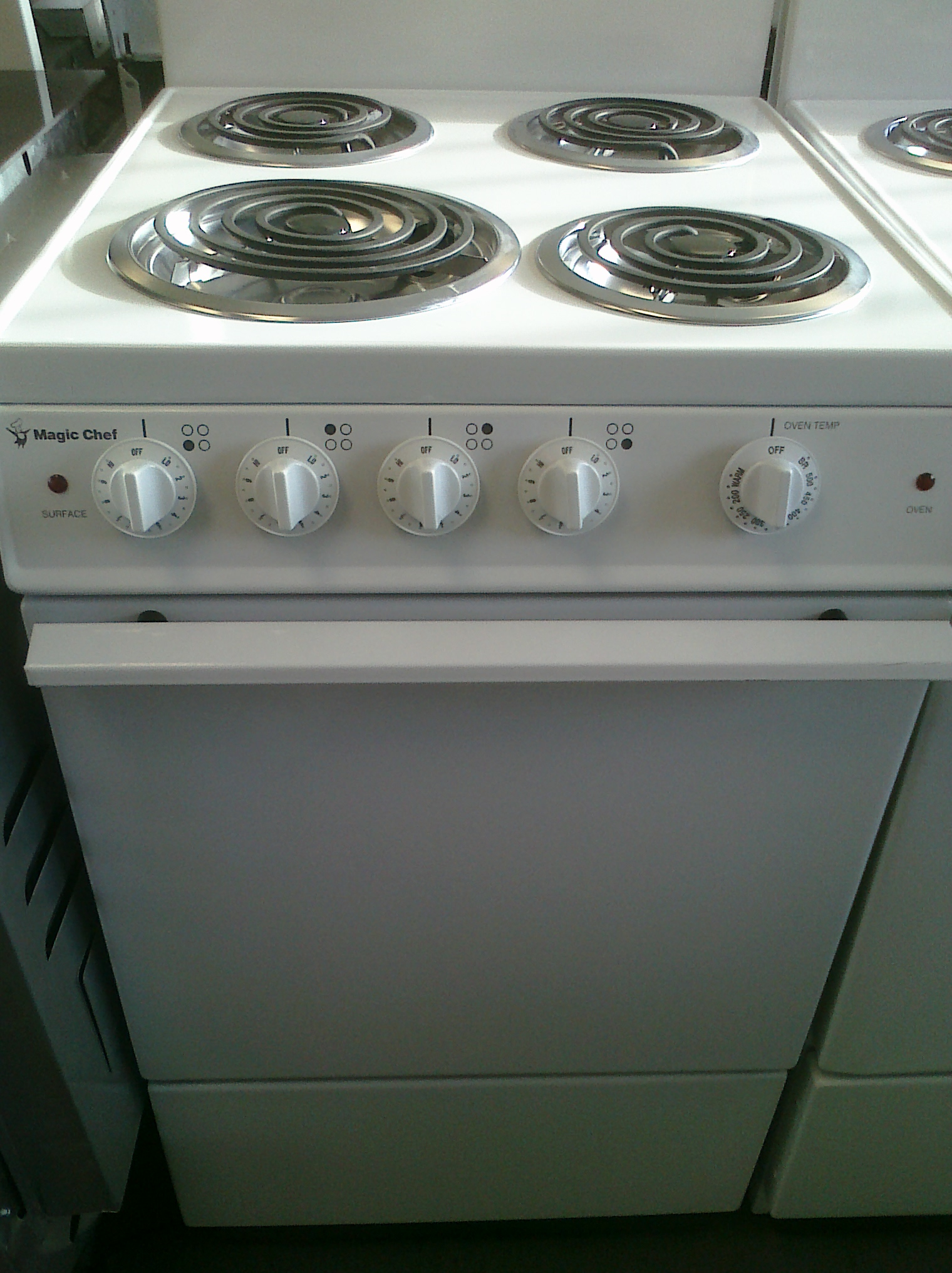 Magic Chef Kitchen Appliances 7 Magic Chef Cel1115aaw 20 Electric Stove White Feders Outlet
