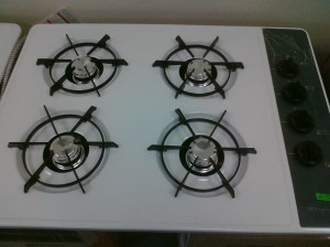 (7) Frigidaire FGC30S3AW 30″ Gas Cooktop, White