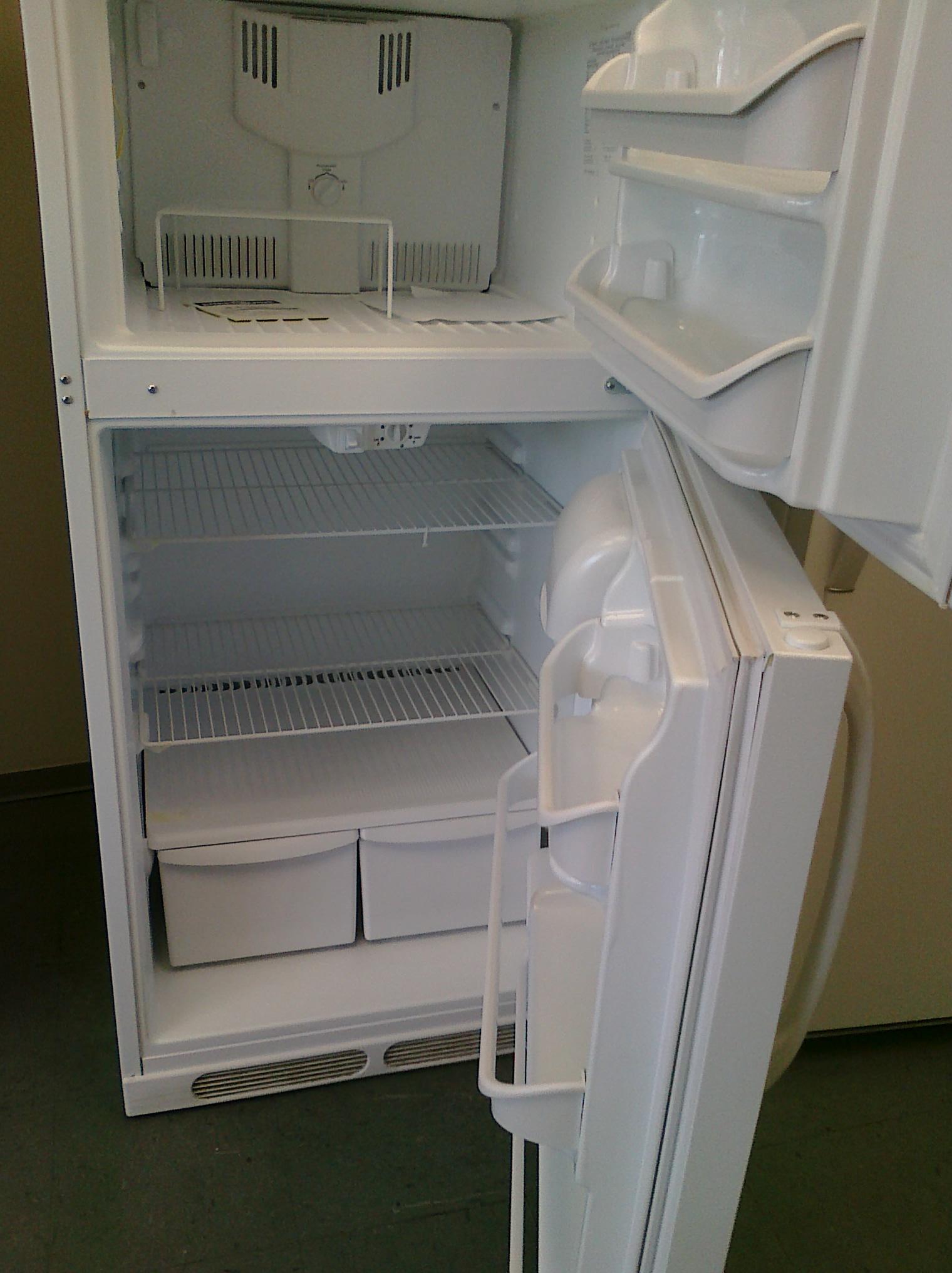(5) Frigidaire FRT15B3AW 15 CuFt Top-Mount Refrigerator, White
